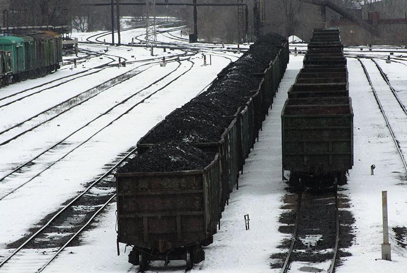Свято место пусто не бывает: донбасский уголь поехал в Россию вместо Украины