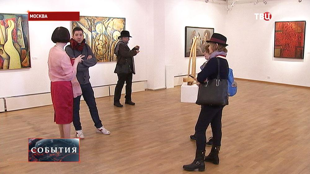 """Выставка """"Русская тройка и не только"""""""