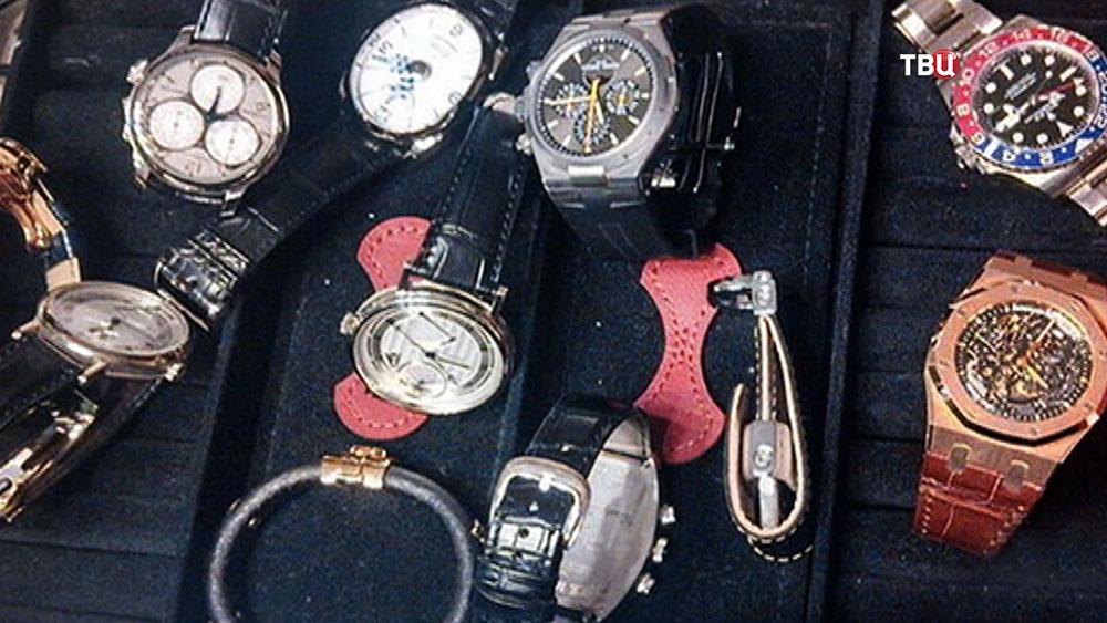 Изъятые часы Александра Хорошавина
