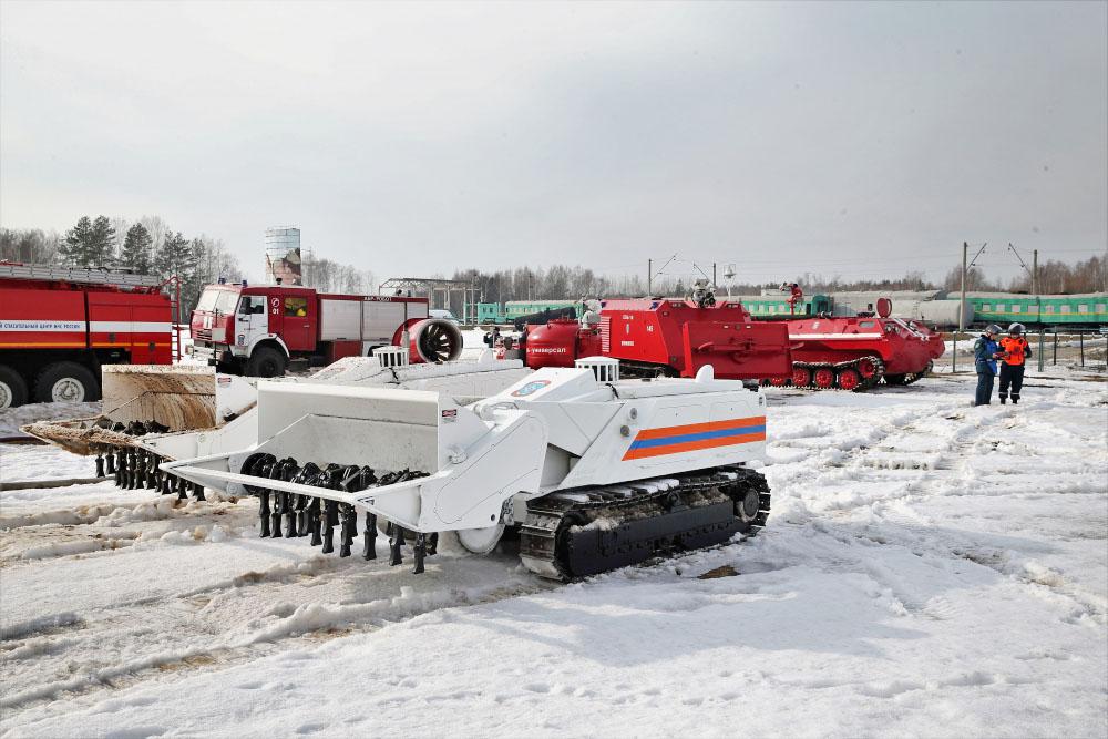 Подготовка спецтехники МЧС к паводкам
