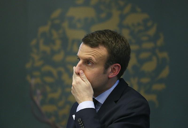 Претендентов впрезиденты Франции подозревают вразбазаривании казенных денежных средств