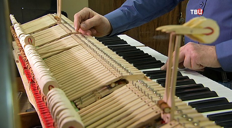 ГН В Центральной музыкальной школе началась реставрация роялей