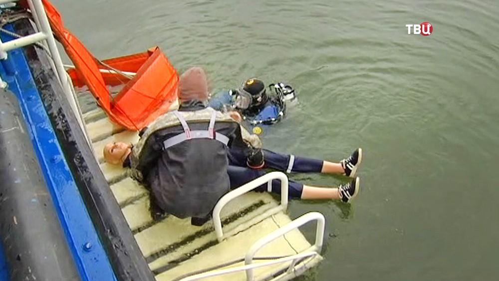 Учения спасателей МЧС на воде