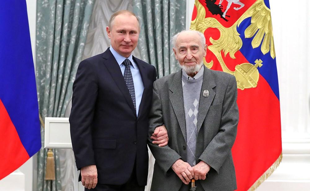 Президент России Владимир Путин и режиссёр Леонид Шварцман