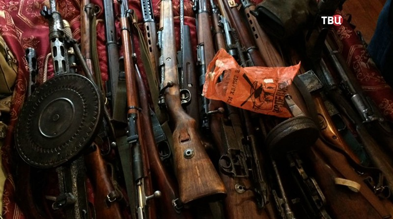 Изъятый арсенал оружия
