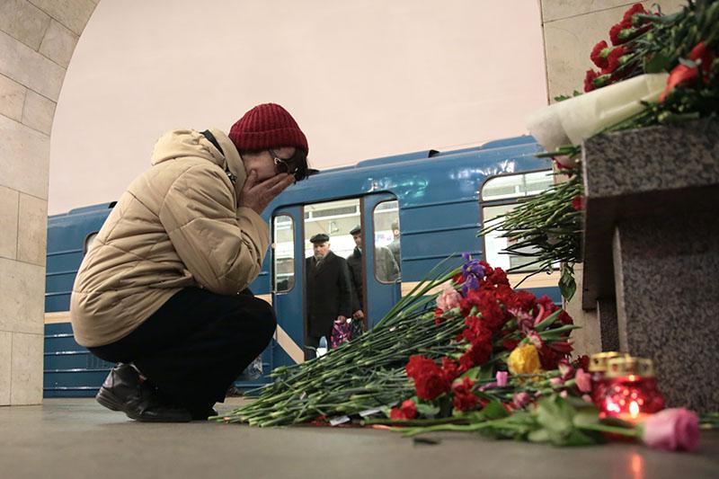 Взрыв вметро вСанкт-Петербурге: начался трехдневный траур