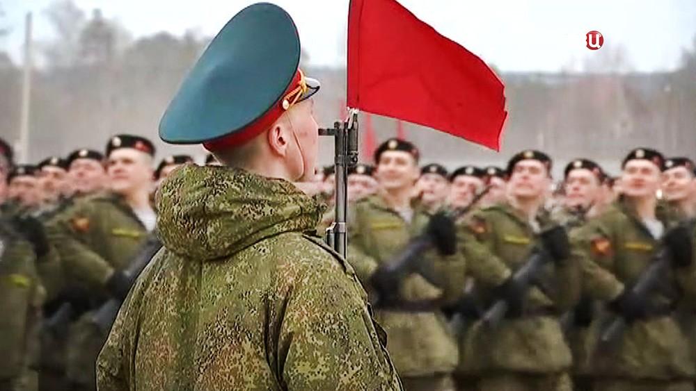 Репетиция Парада Победы на военном полигоне в Алабине