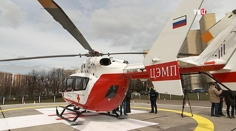 Вертолет медицинской службы