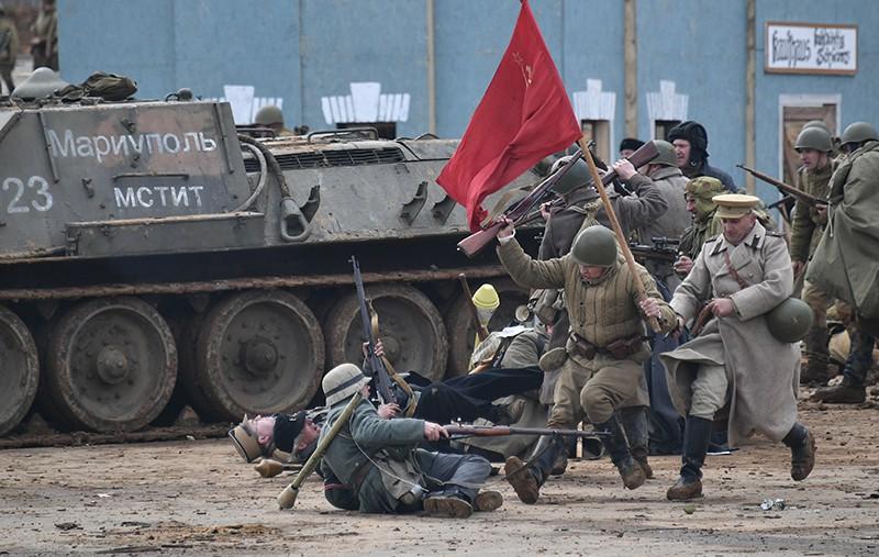 """Участники военно-исторической реконструкции """"Штурм Берлина"""""""
