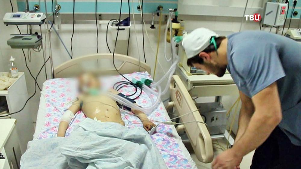 Пострадавший при взрыве в компьютерном клубе в Дагестане