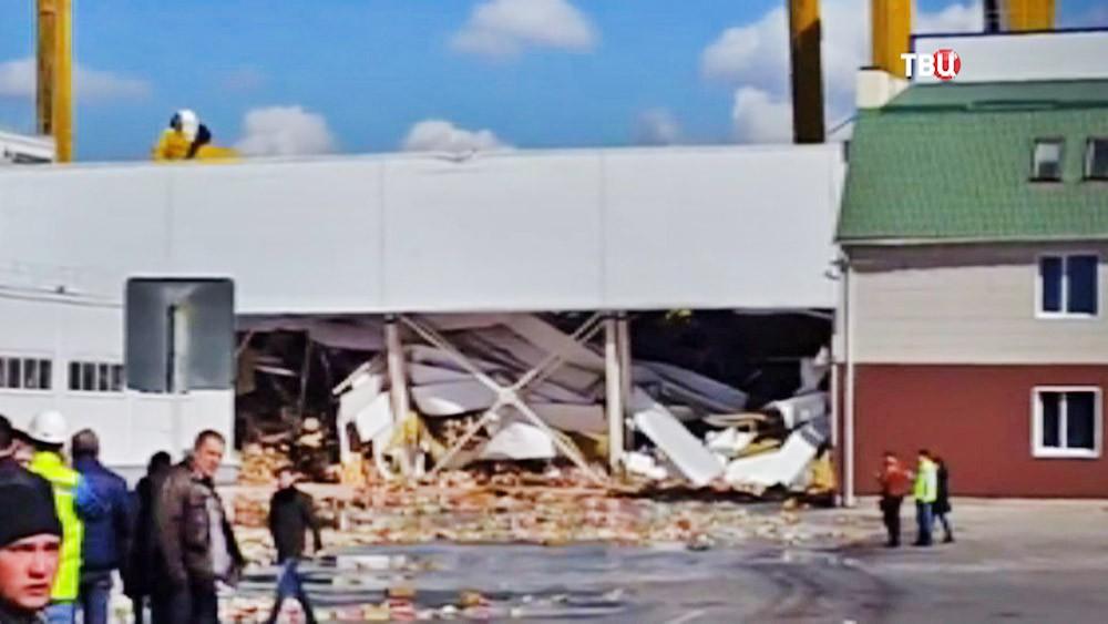 Последствия обрушения склада PepsiCo в городе Лебедянь
