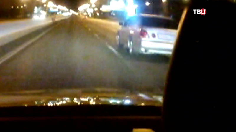 Полиция приследует лихача на Lexus
