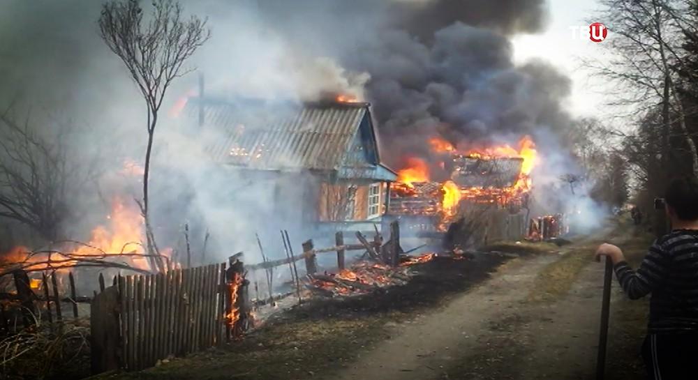 Пожар жилых домов в Иркутской области