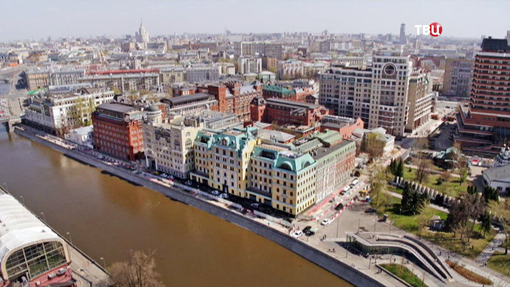 Участок Якиманской набережной и3-го Голутвинского переулка вцентральной части Москвы стали пешеходными