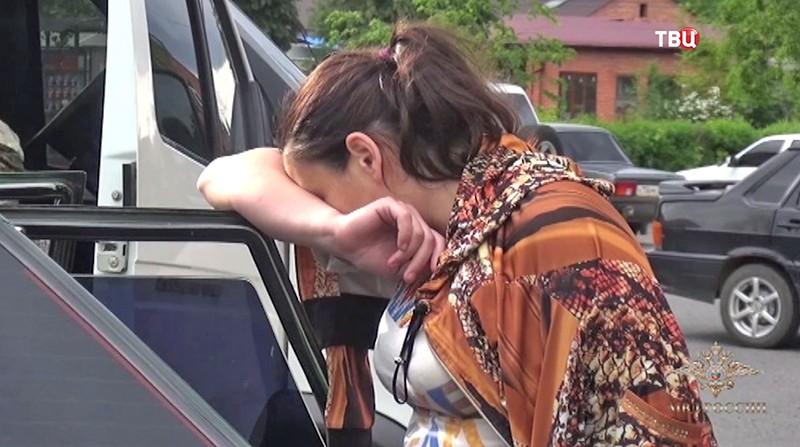 Задержанная мать