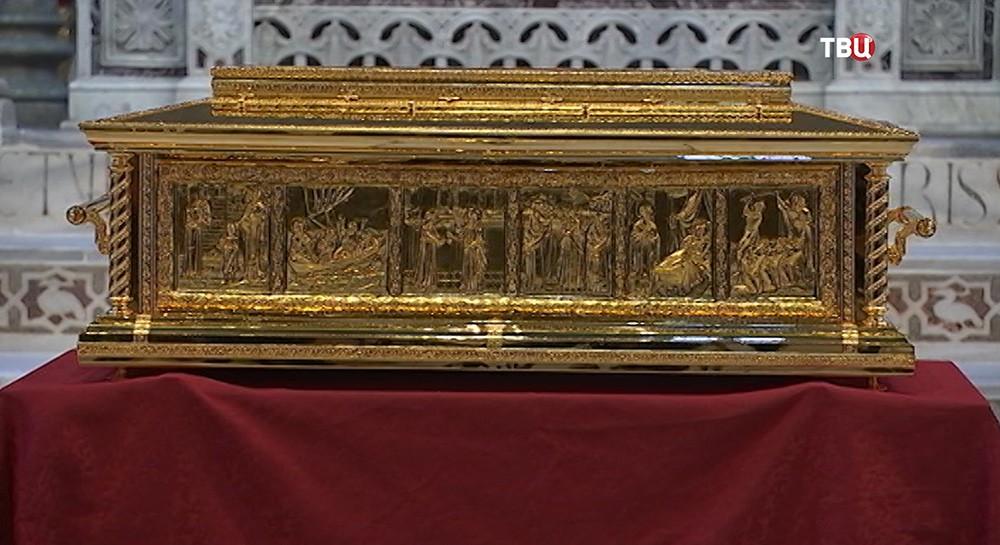 Ковчег для мощей Николая Чудотворца