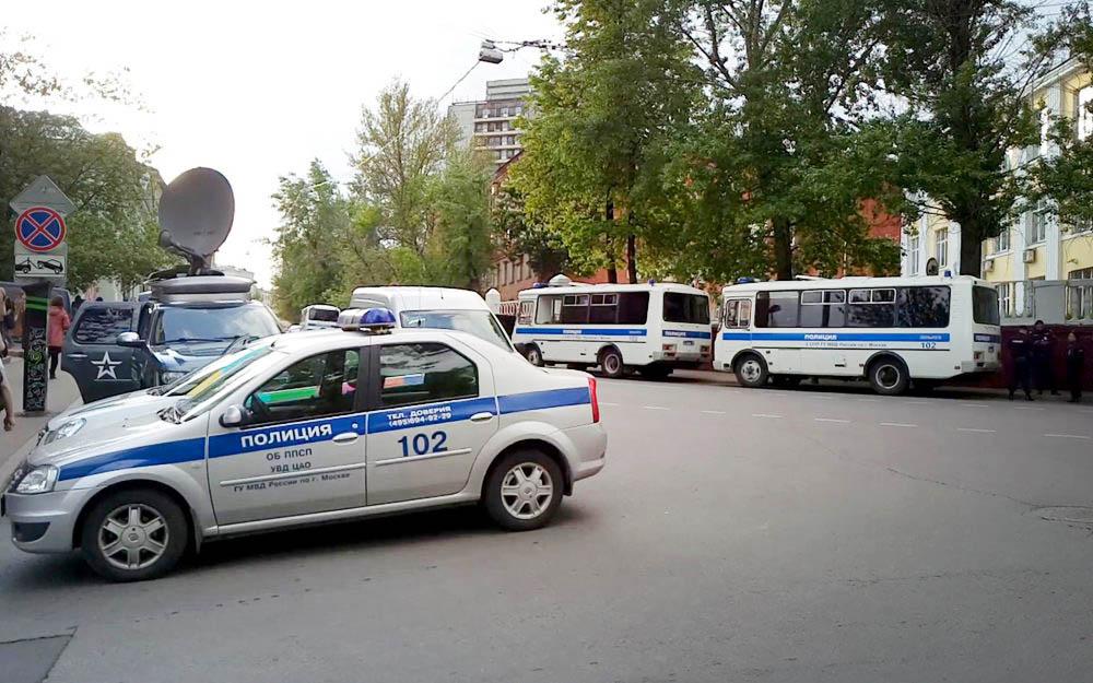 Машины полиции