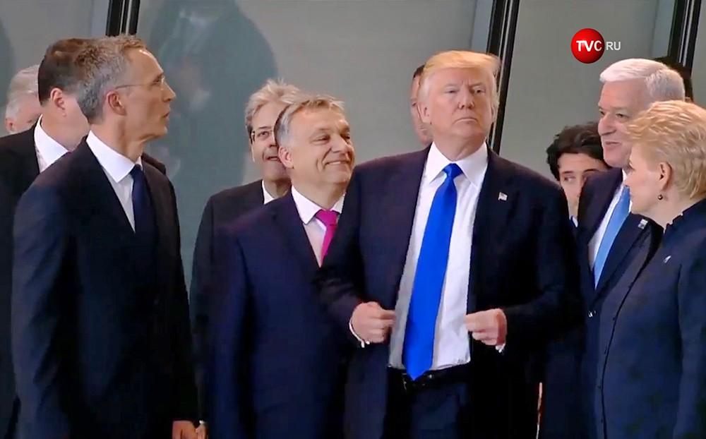Дональд Трамп на саммите НАТО