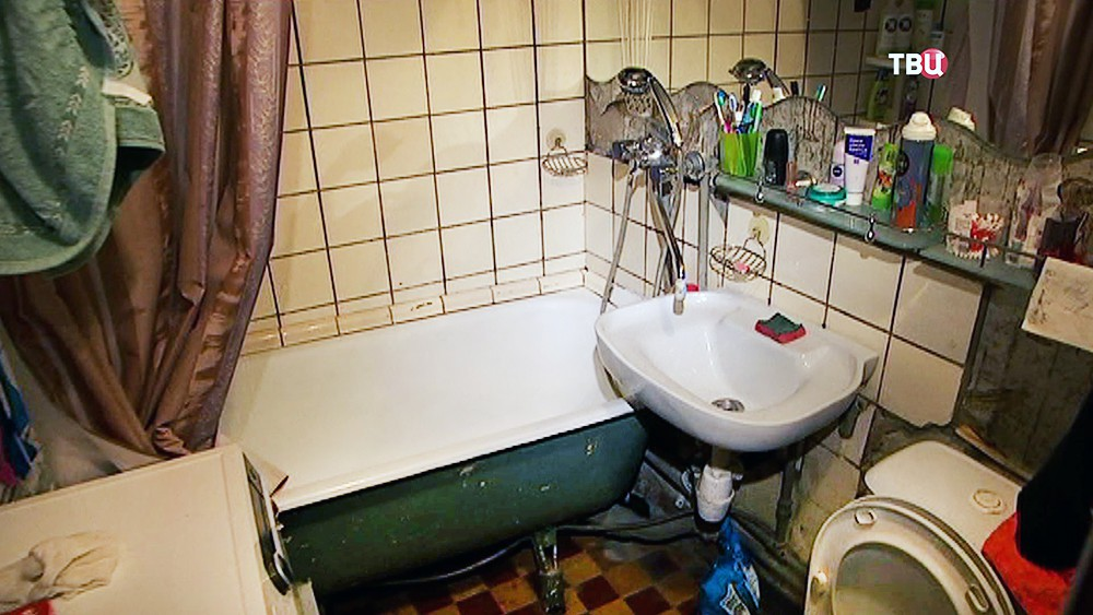 Старая ванная в пятиэтажке