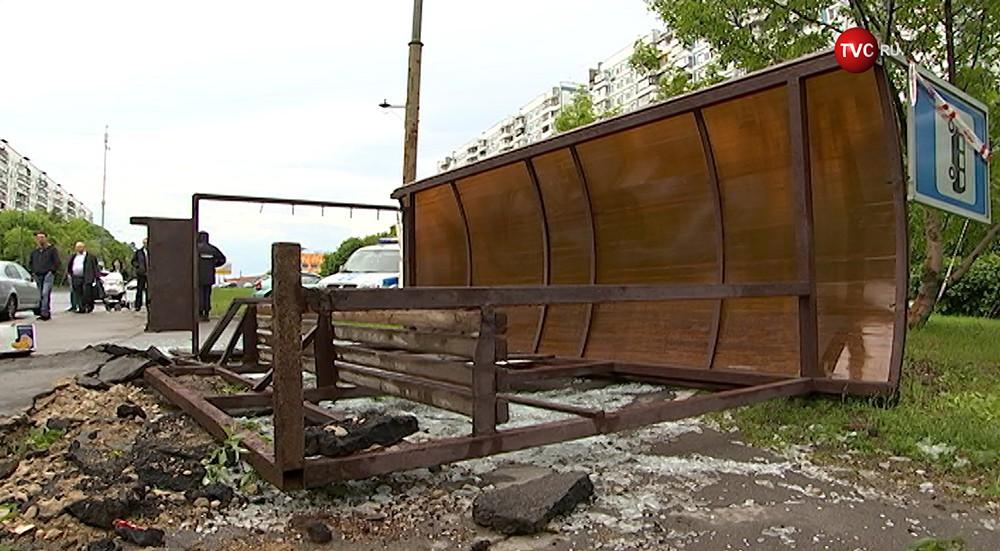 11 человек погибли, неменее 150 пострадали— шторм в российской столице
