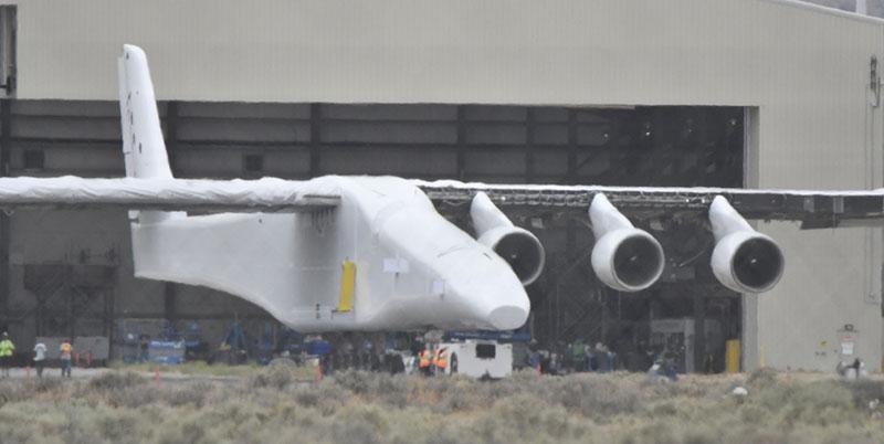 Транспортный самолёт Stratolaunch