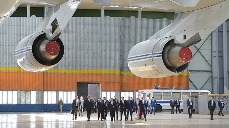 Медведев озвучил сумму наразвитие авиастроения