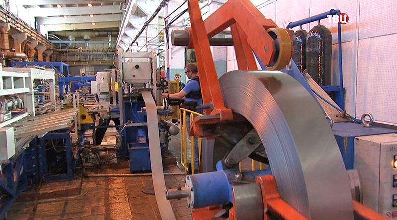 Производственный цех завода