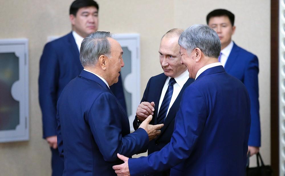 Владимир Путин, Нурсултан Назарбаев и Алмазбек Атамбаев