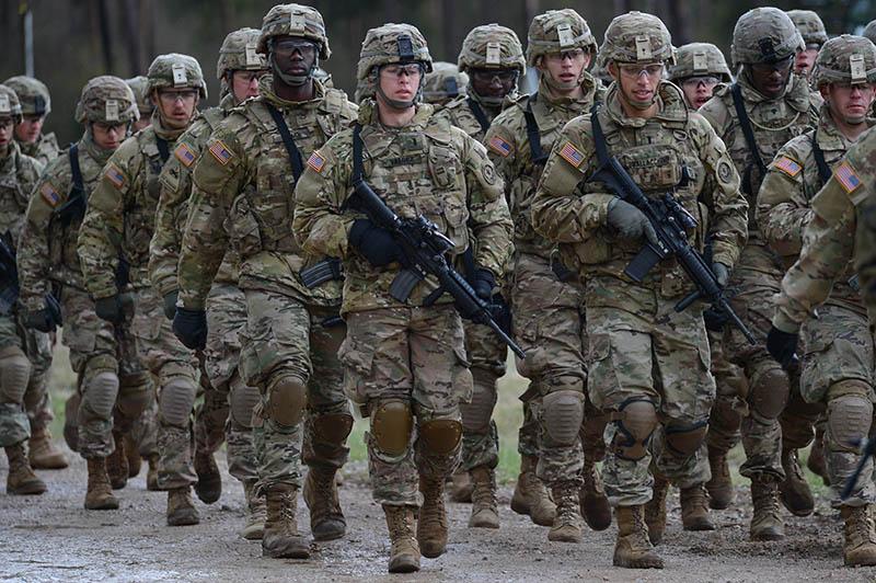 4 американских бойца ранены в итоге нападения афганского военного