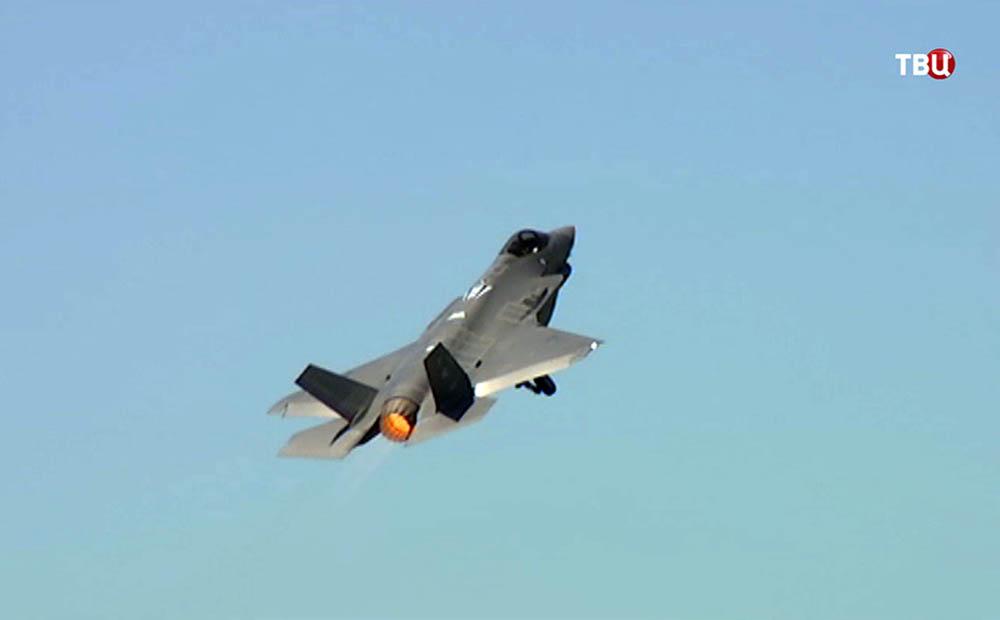 Американский истребитель F-35A