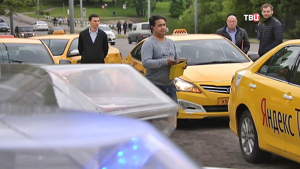 Рейд по таксистам-должникам