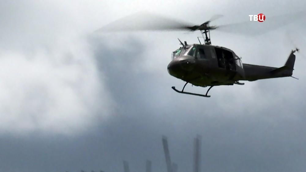 Вертолет армии Филиппин