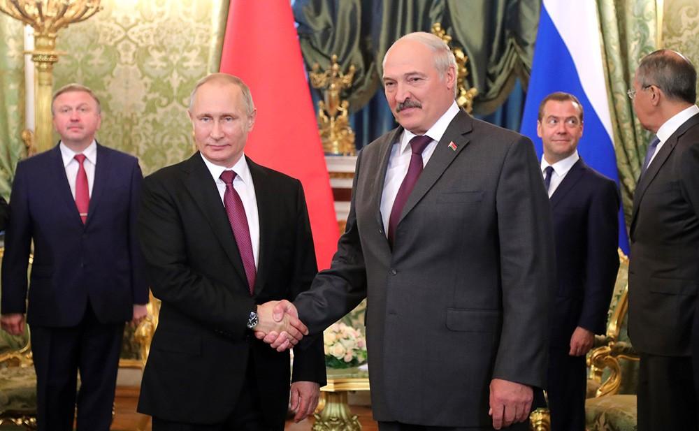 Российскую Федерацию и республику Беларусь объединяют узы братской дружбы— Путин