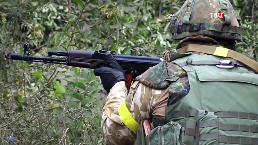 Украинский военные в Донбассе