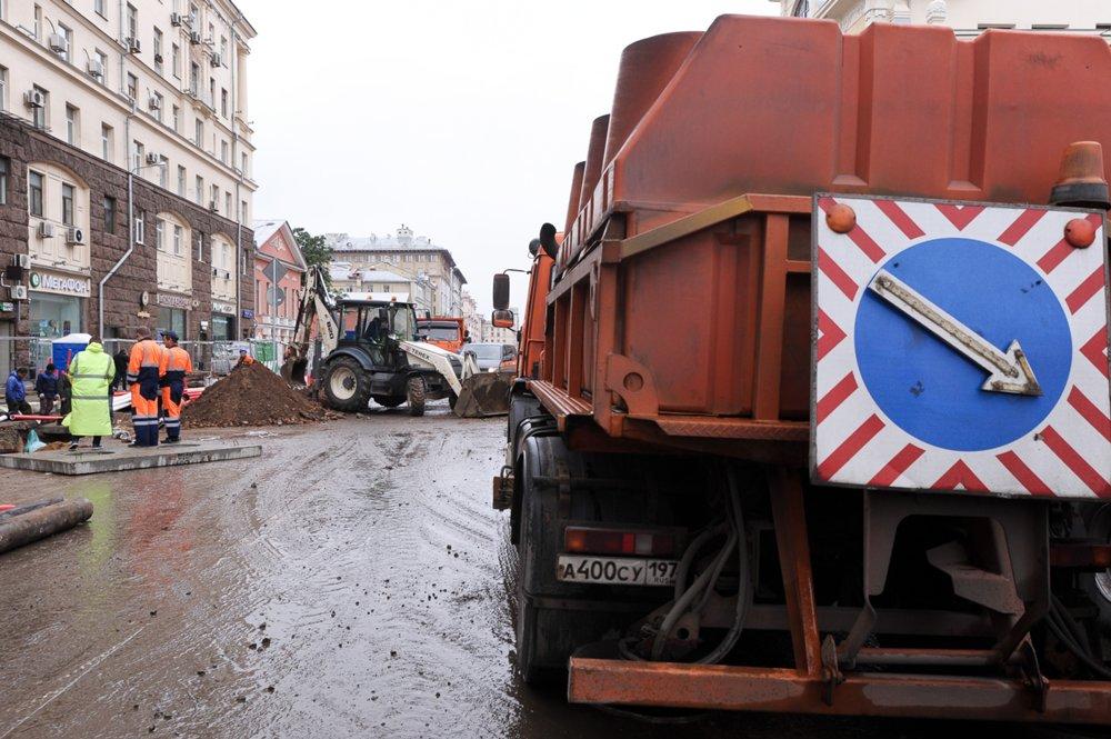 Работы по устройству кабельной канализации на участке от Пушкинской до Триумфальной площади
