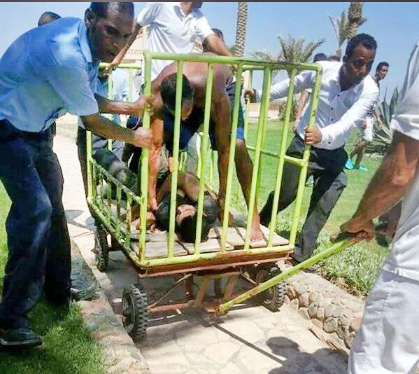 На месте нападения на туристов в Египте
