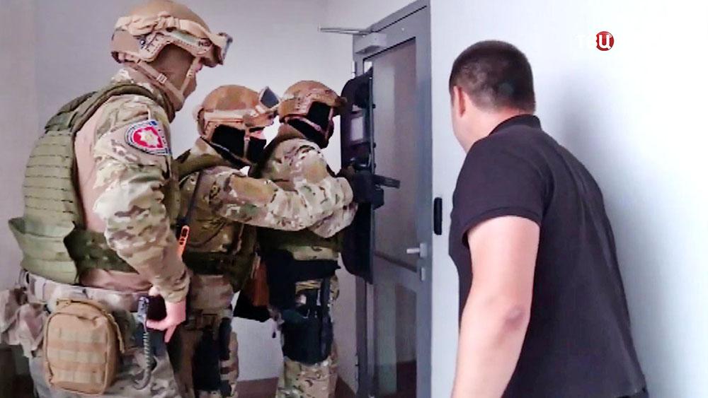 Полиция Украины проводит спецоперацию