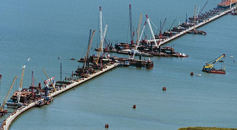 Установка арок Крымского моста потребует ограничения судоходства