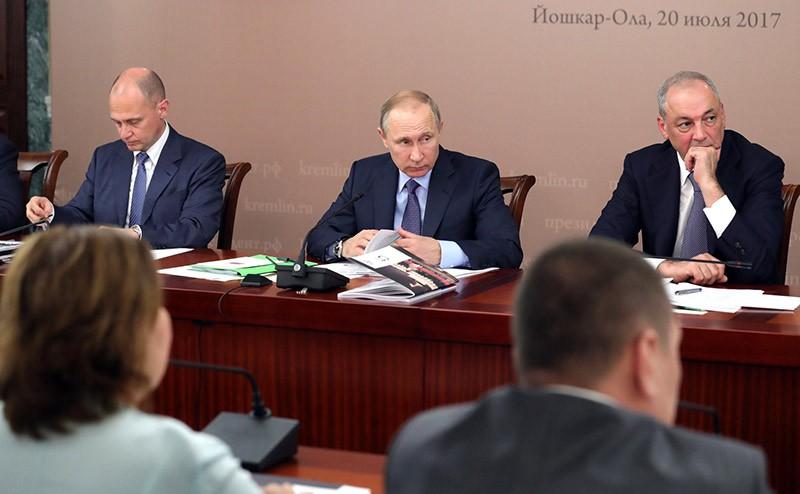 Владимир Путин на заседании в Йошкар-Оле