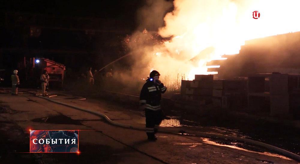 На месте пожара в Хабаровске