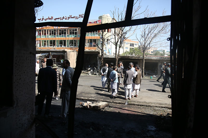 На месте авиаудара в Афганистане
