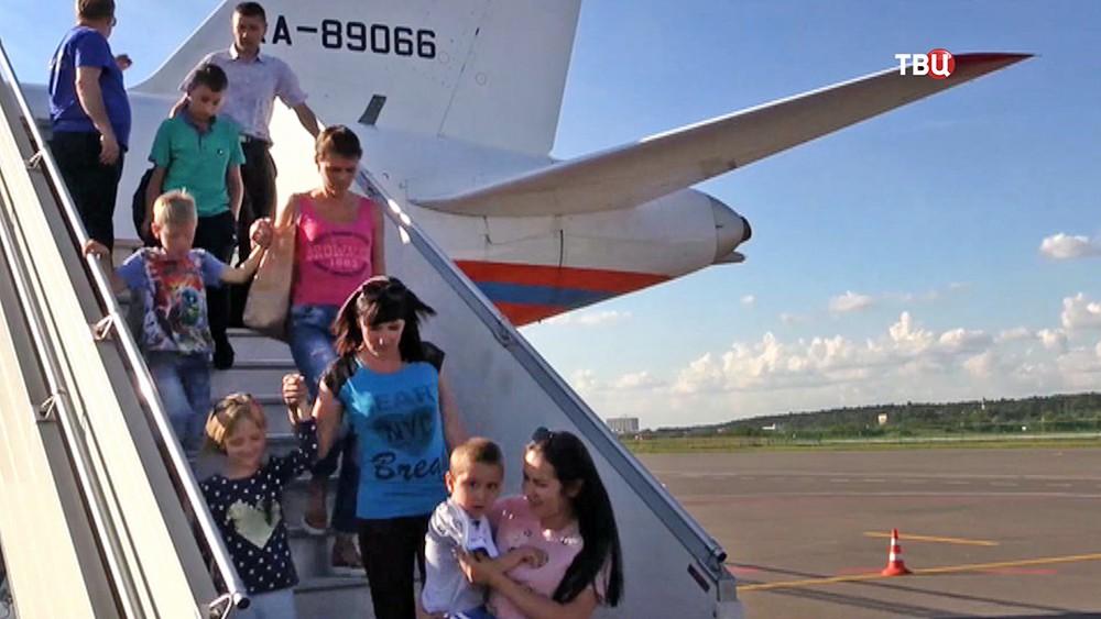 Отправка детей Донбасса на лечение в Россию