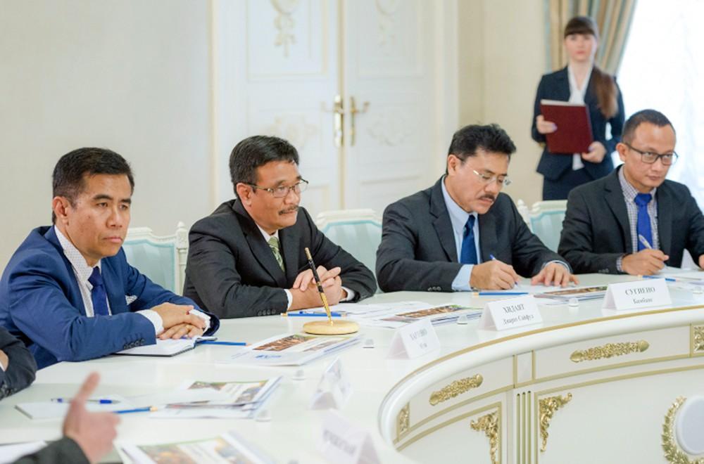 Делегация из Джакарты в Москве
