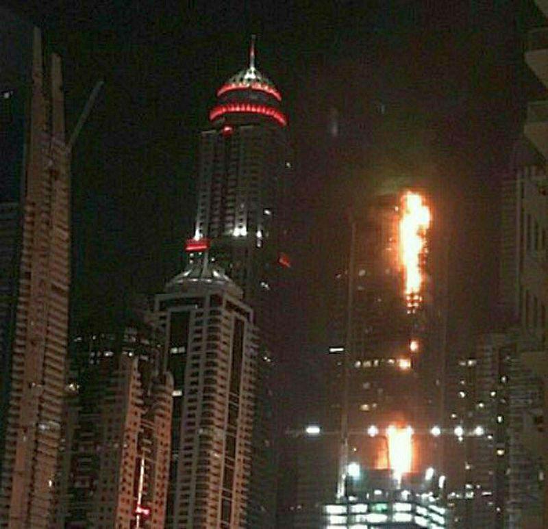 Пожар в 79-этажной башне в Дубае