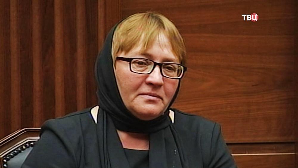Мать погибшего в Сирии Героя России Александра Прохоренко
