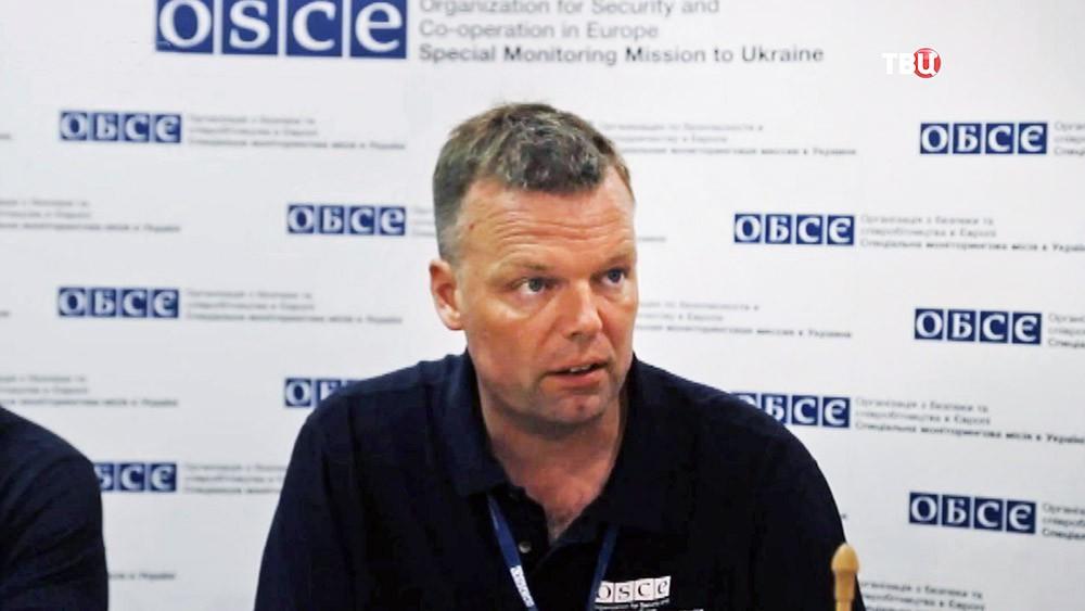 Заместитель главы миссии ОБСЕ на Украине Александр Хуг