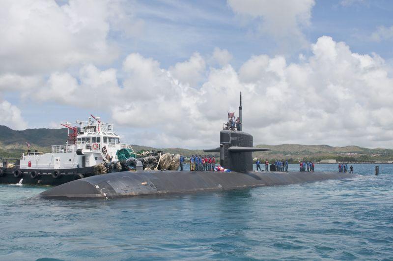 Американская подводная лодка на базе Гуам