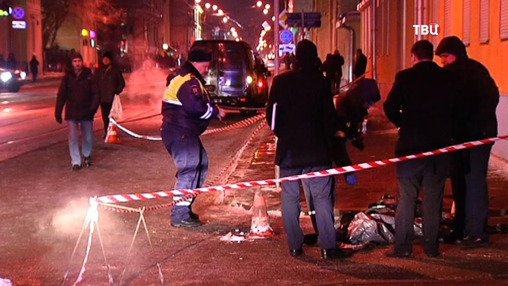 Следственные действия на месте ДТП на Бауманской улице
