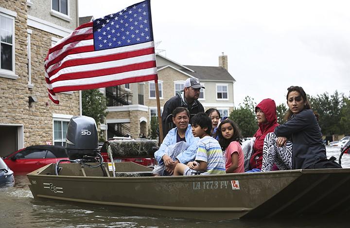 """Последствия урагана """"Харви"""" в штате Техас, США"""