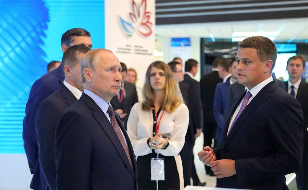 Президент России Владимир Путин посетил Восточный экономический форум